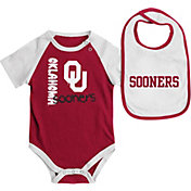 Colosseum Athletics Infant Oklahoma Sooners Crimson/White Rookie Onesie and Bib Set