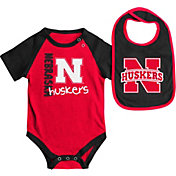 Colosseum Athletics Infant Nebraska Cornhuskers Scarlet/Black Rookie Onesie and Bib Set