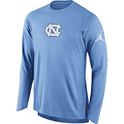 Jordan Men's North Carolina Tar Heels Carolina Blue ELITE Shooter Long Sleeve Shirt