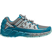 KEEN Women's Versatrail Hiking Shoes