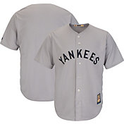 Majestic Men's Replica New York Yankees Cool Base Grey Cooperstown Jersey