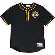 Mitchell & Ness Men's Pittsburgh Pirates Black Cooperstown 3-Button T-Shirt