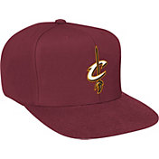 Mitchell & Ness Men's Cleveland Cavaliers Wool Solid Burgundy Adjustable Snapback Hat