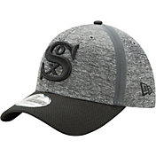 New Era Men's Chicago White Sox 39Thirty Clubhouse Grey/Black Flex Hat