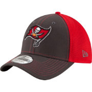New Era Men's Tampa Bay Buccaneers Team Front Neo 39Thirty Flex Hat