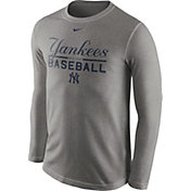 Nike Men's New York Yankees Practice Grey Long Sleeve Shirt