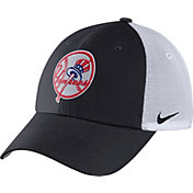 Nike Men's New York Yankees Dri-FIT Navy/White Heritage 86 Adjustable Hat