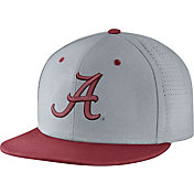 Nike Men's Alabama Crimson Tide Grey/Crimson True Vapor Fitted Baseball Hat