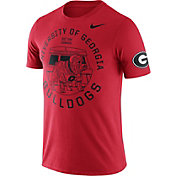 Nike Men's Georgia Bulldogs Red Enzyme Washed College Campus Elements T-Shirt