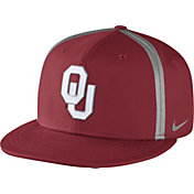 Nike Men's Oklahoma Sooners Crimson Champ Drive True Snapback Hat