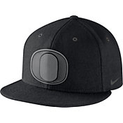 Nike Men's Oregon Ducks New Day Black True Snapback Hat