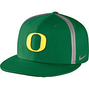 Nike Men's Oregon Ducks Apple Green Champ Drive True Snapback Hat