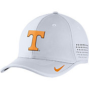 Nike Men's Tennessee Volunteers White Vapor Sideline Coaches Hat