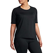 Nike Women's Plus Size Pro HyperCool Short Sleeve Shirt