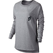 Nike Women's Signal Long Sleeve Graphic Shirt