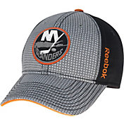 Reebok Men's New York Islanders Center Ice Two-Tone Grey/Black Structured Flex Hat