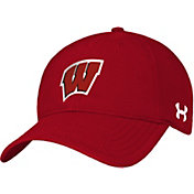 Under Armour Men's Wisconsin Badgers Red Renegade Fitted Hat