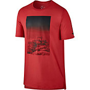 Nike Men's Dry Hoop Heaven Graphic Basketball T-Shirt