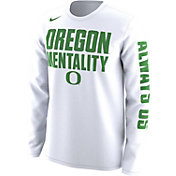 Nike Men's Oregon Ducks 'Mentality' Bench Legend Long Sleeve Shirt
