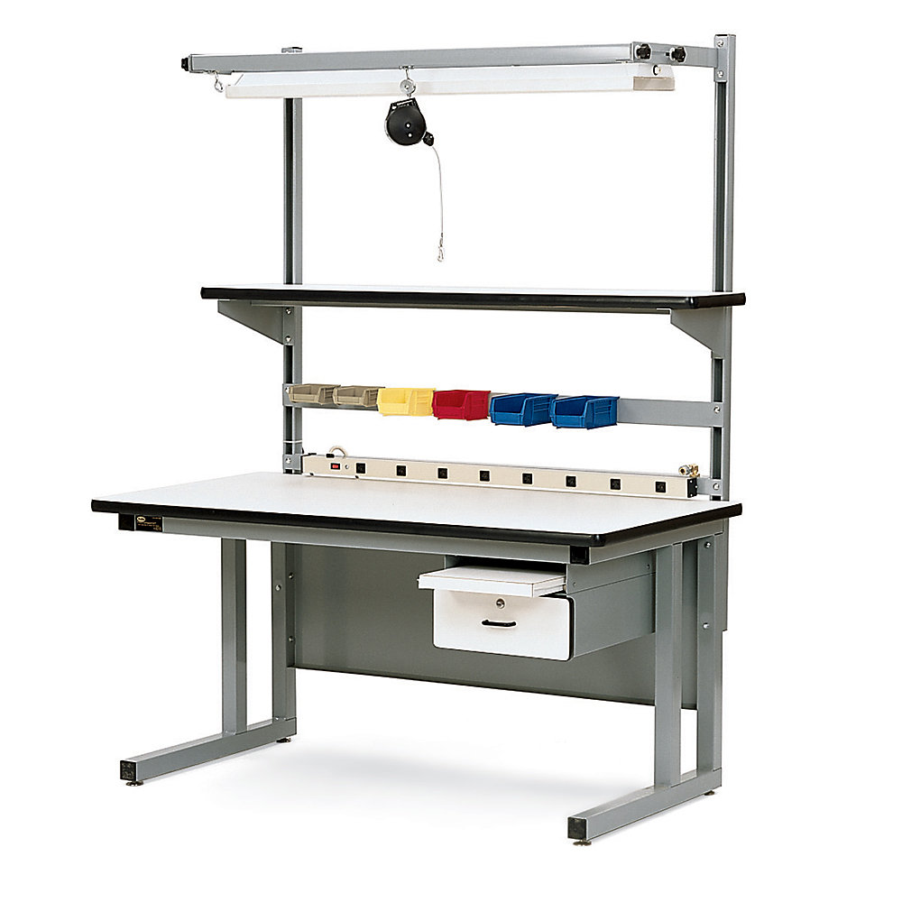 Assembly Line Workstations : Pro line chd assembly workstation with recessed legs