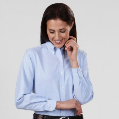 Image for Van Heusen Women's Regular Fit Long Sleeve Oxford from PVH Corporate Outfitters