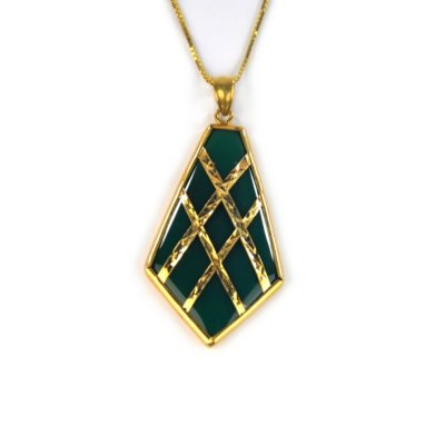 Dyed Green Onyx Pendant with 14K Yellow Gold.  Ends: Oct 24, 2014 4:30:43 PM CDT