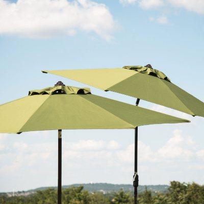 Member's Mark 10' Market Umbrella, Spectrum Cilantro (1 Unit).  Ends: Jul 26, 2016 7:30:00 PM CDT