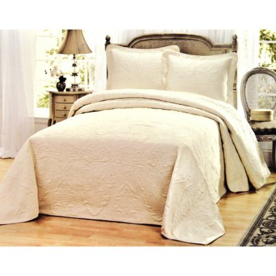 Laura Ashley 3 Pc. Bedding Set, White (King).  Ends: Oct 1, 2014 1:00:00 AM CDT