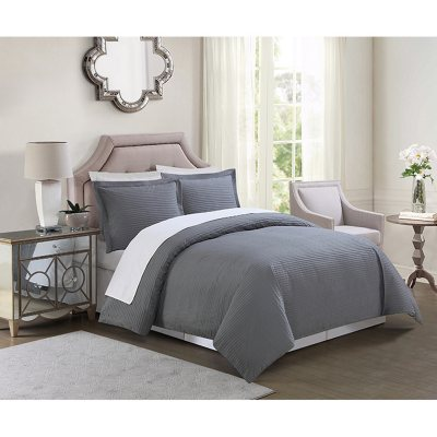 Christian Siriano Down-Alternative 4-Piece Comforter Set, Silver (King).  Ends: May 30, 2016 9:40:00 AM CDT