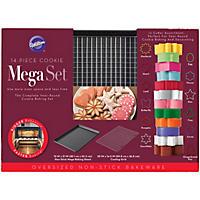 Wilton 311-Piece Mega Pan Cookie Set