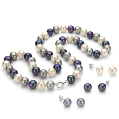 Sterling Silver Freshwater Pearl Necklace and Earring Set.  Ends: Sep 3, 2014 10:00:00 PM CDT