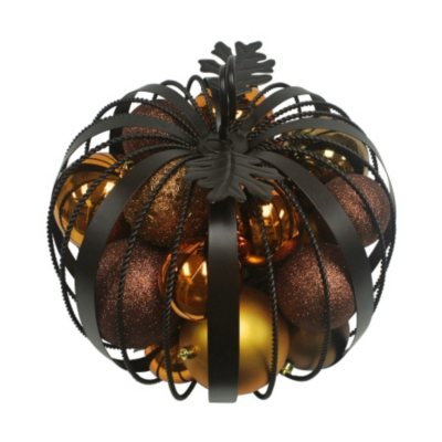 Iron Pumpkin with Ornaments.  Ends: Nov 26, 2015 1:55:00 PM CST
