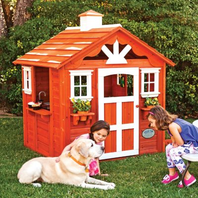 Summer Cottage Playhouse With Toys.  Ends: Apr 23, 2014 11:00:00 PM CDT
