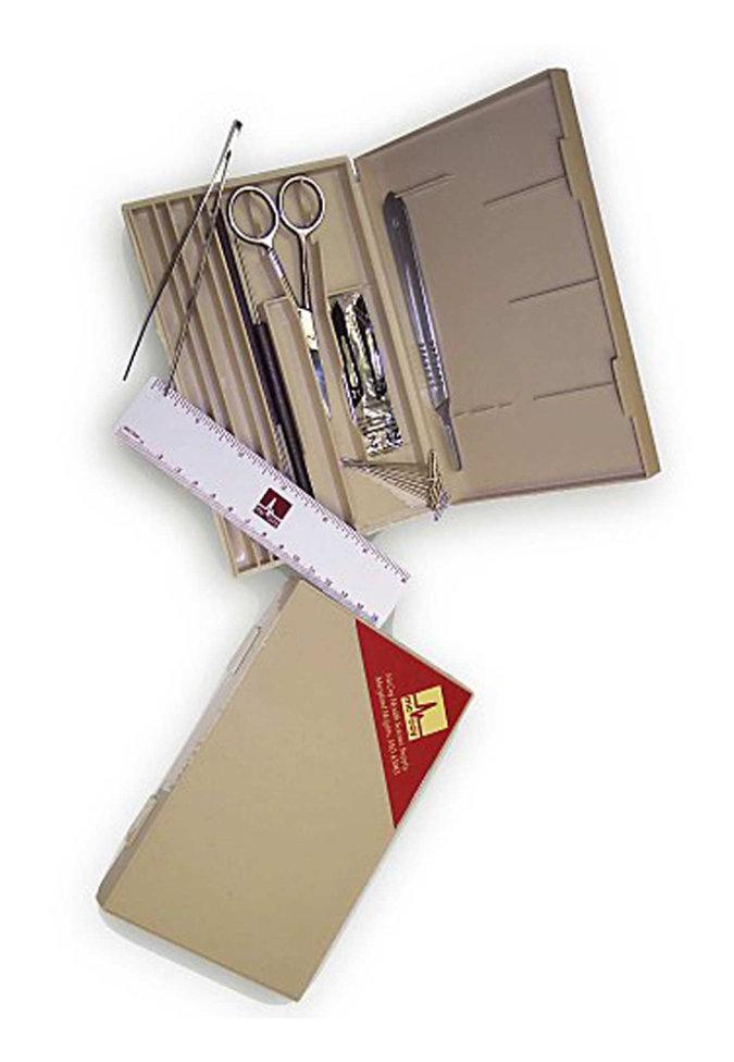 McCoy Medical basic student dissection kit.
