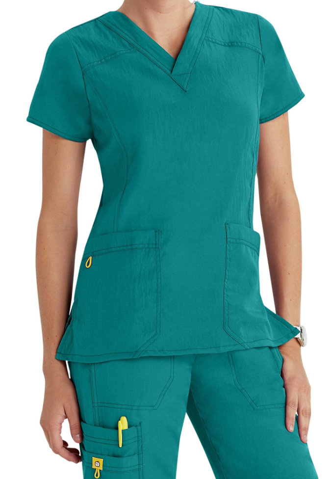 WonderWink 4-Stretch v-neck scrub top.