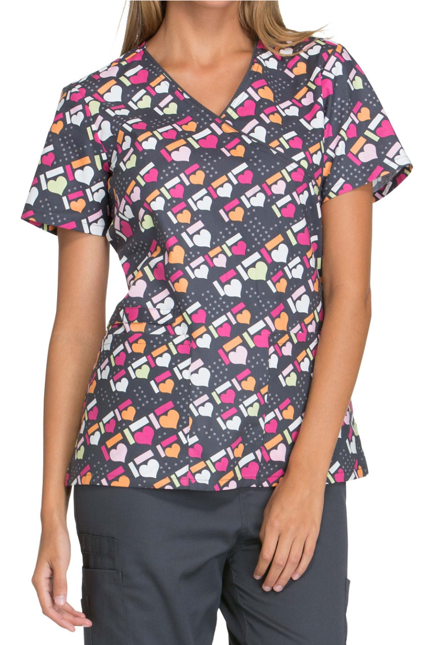 Cherokee Got The Hearts For You Print Scrub Tops - Got The Hearts For You