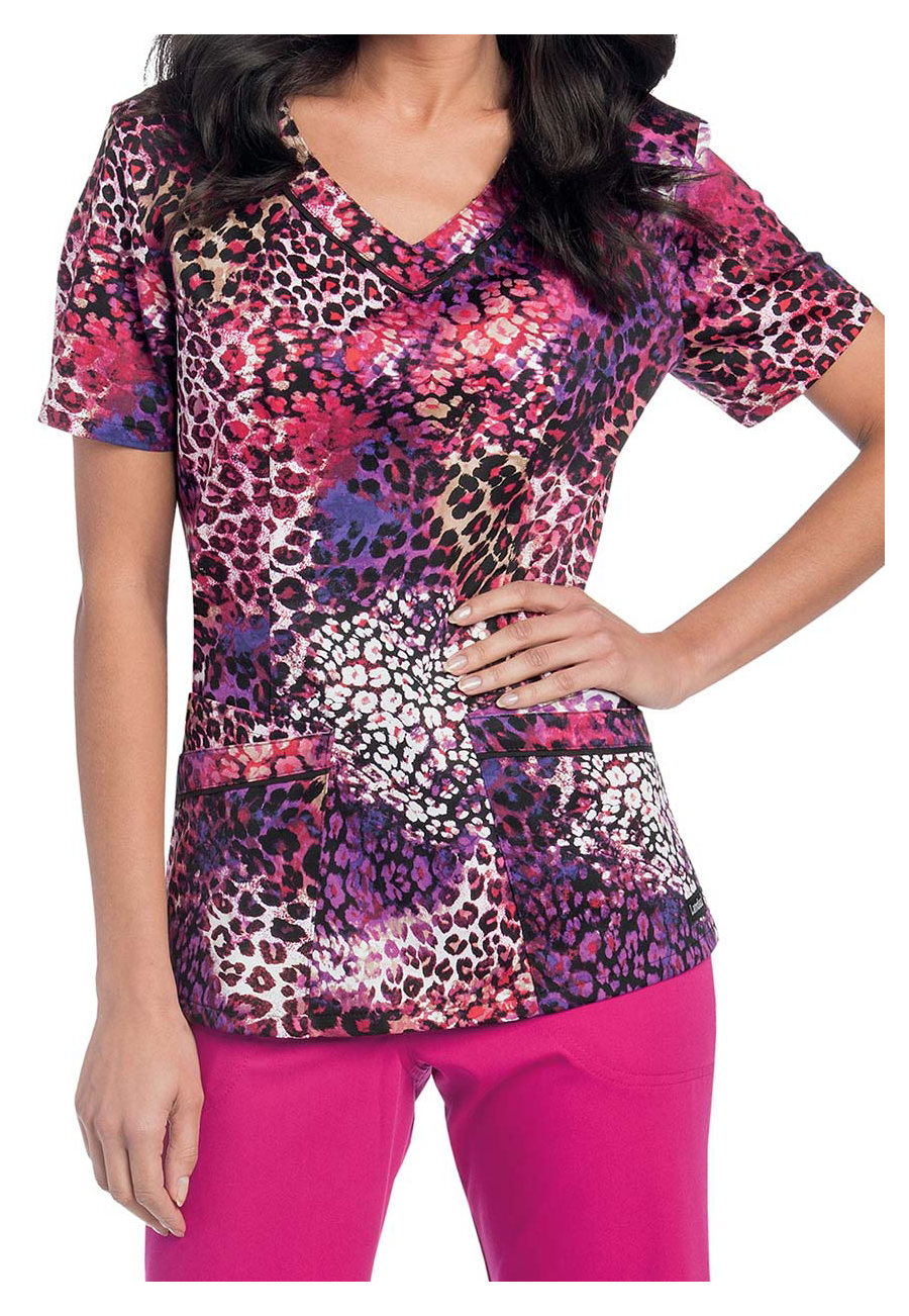 Landau Smart Stretch Phantom V-neck Print Scrub Top