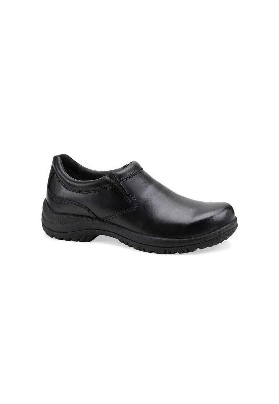 Dansko Men's Wynn Black Smooth Leather Nursing Clogs