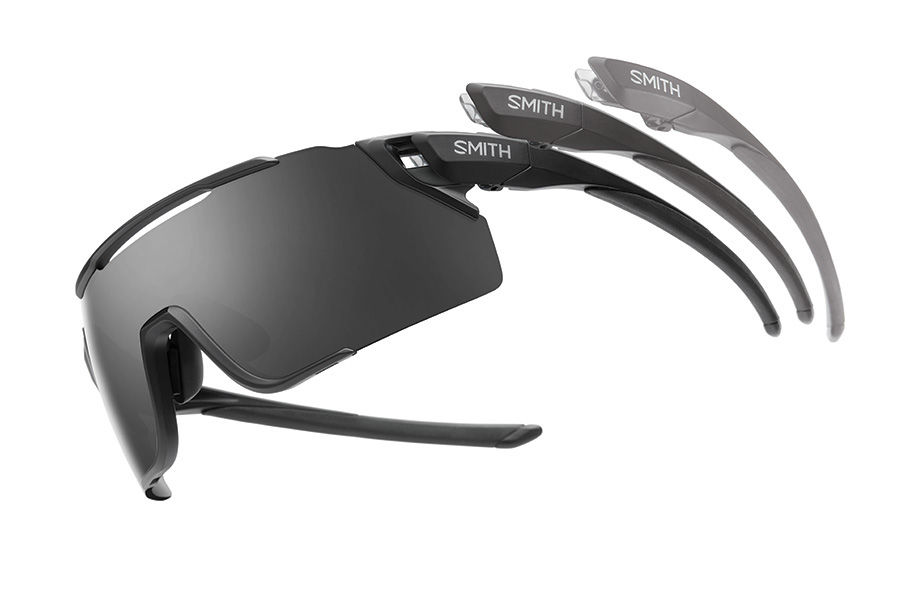 Attack MTB features ventilation channel and maximum coverage lenses