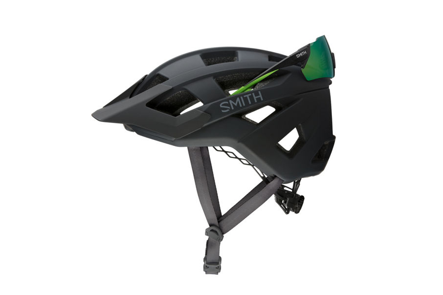 rear eyewear garage on Smith Optics Venture helmet
