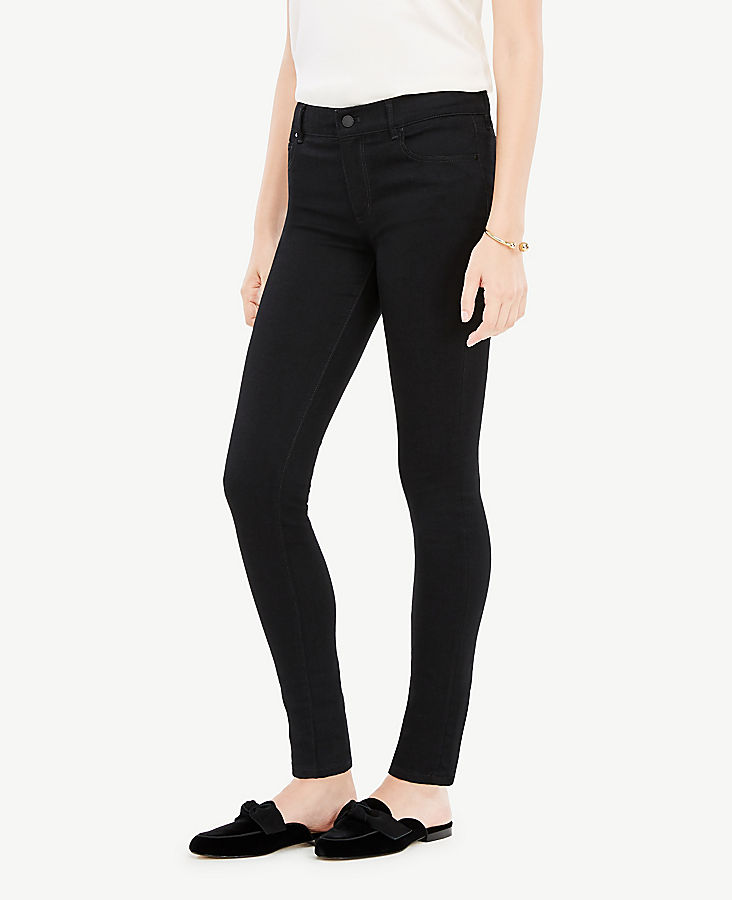 Modern All Day Skinny Jeans in Jet Black | Tuggl