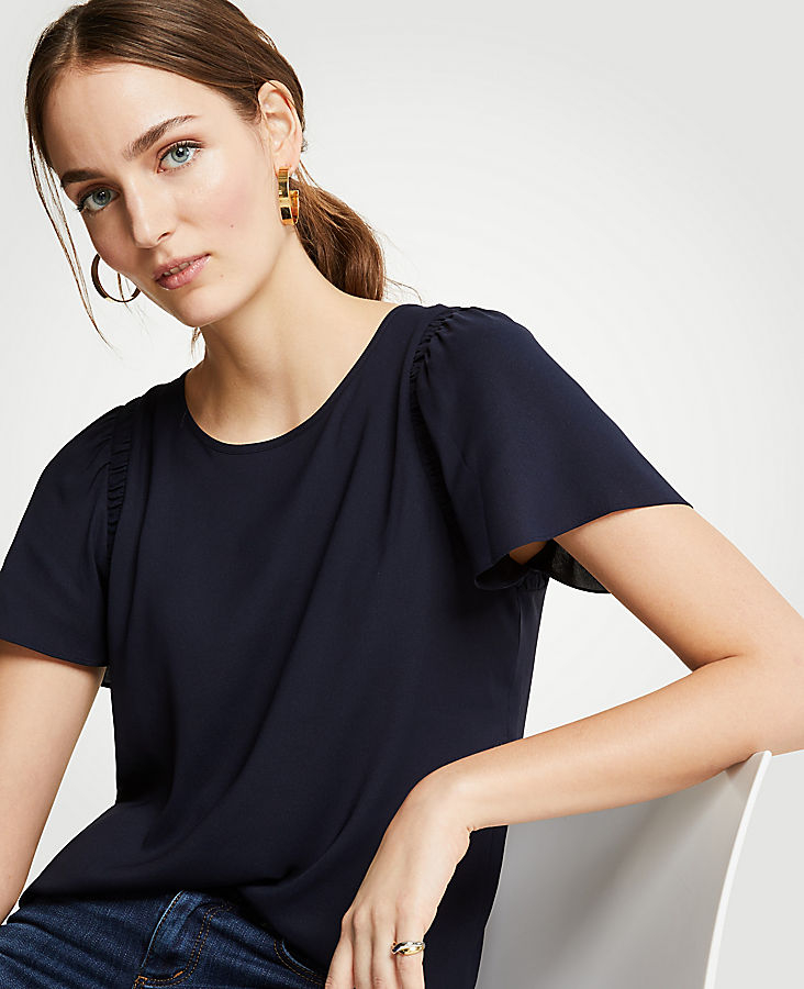 Shirred Shoulder Tee | Tuggl