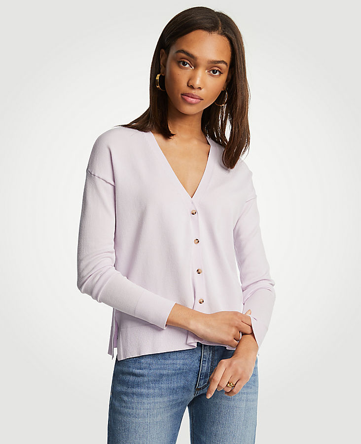Relaxed V-Neck Cardigan | Tuggl