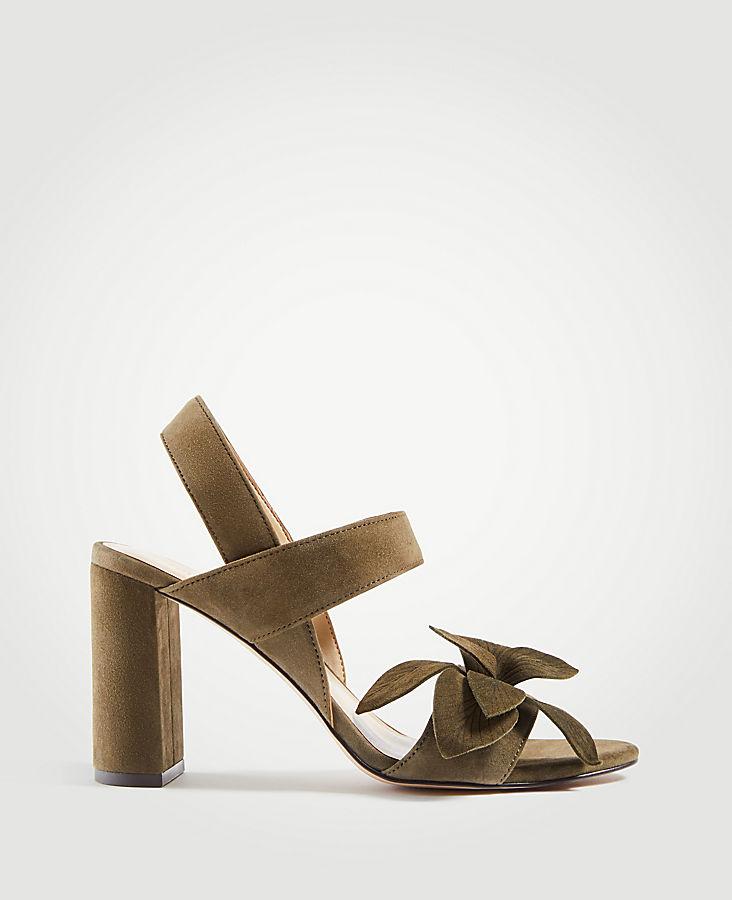 ANN TAYLOR Joy Suede Flower Heeled Sandals bEqkKI35v