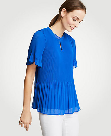 Micro Pleat Top color True Cobalt