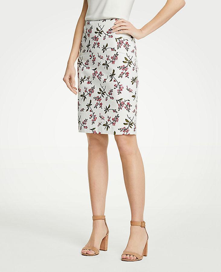Floral Pencil Skirt | Tuggl