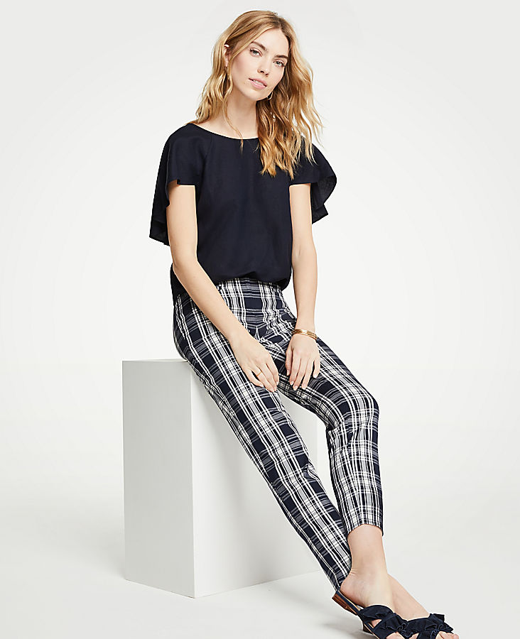 The Petite Crop Pant In Plaid - Curvy Fit