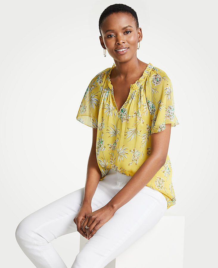 Petite Tropical Toile Pleated Split Neck Top