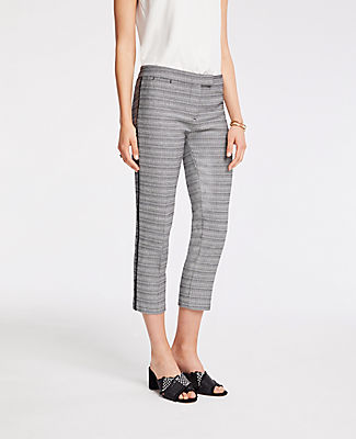 Ann Taylor Petite Scalloped Capri Pants 25414264