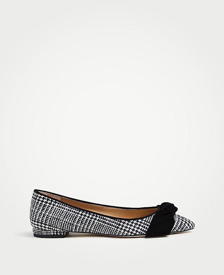 Camryn Flannel Bow Flats | Tuggl